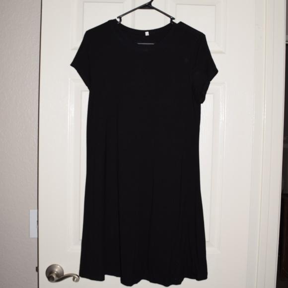 Dresses & Skirts - Cute Women's Black T-Shirt Dress XL